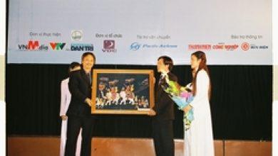 Giao lưu Nhân tài Đất Việt với SV khu vực Hà Nội tại ĐH Quốc Gia Hà Nội ngày 17/03/2006