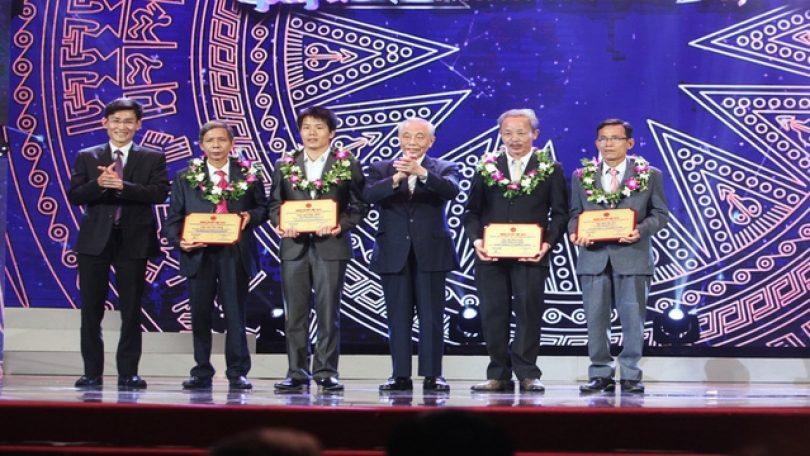 Chùm ảnh: Họp báo công bố kết quả sơ khảo cuộc thi Nhân tài Đất Việt 2015